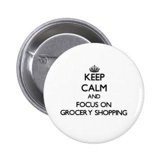 Gardez le calme et le foyer sur l'épicerie badge