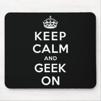 Gardez le calme et le geek dessus tapis de souris