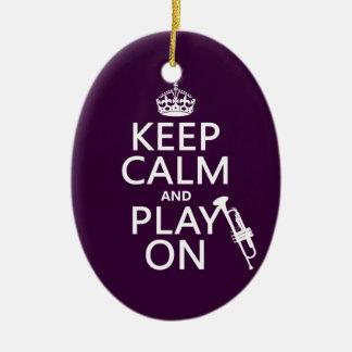 Gardez le calme et le jeu sur (trompette) (toutes ornement ovale en céramique