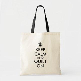 Gardez le calme et l'édredon sur les aiguilles de sac en toile budget