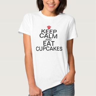 Gardez le calme et : Mangez les petits gâteaux T-shirt