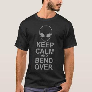 Gardez le calme et pliez plus de t-shirt