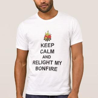 GARDEZ LE CALME et RALLUMEZ MA pièce en t de nuit T-shirt