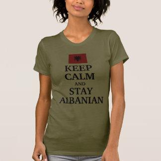 Gardez le calme et restez albanais t-shirt