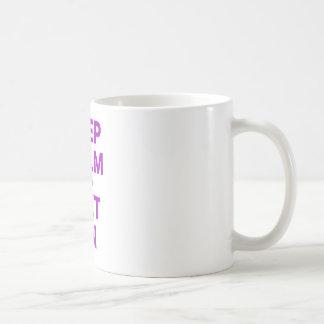 Gardez le calme et suivez un régime dessus mug