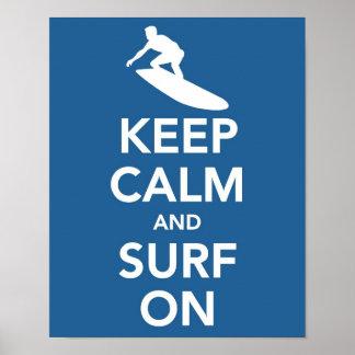 Gardez le calme et surfez sur la copie affiche