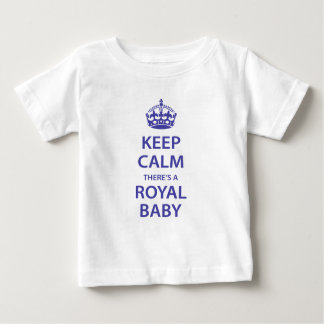Gardez le calme il y a un bébé royal t-shirt pour bébé