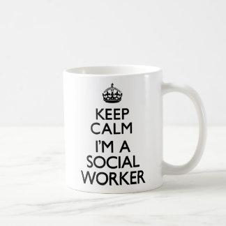 Gardez le calme que je suis un assistant social mug