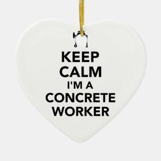 Gardez le calme que je suis un travailleur concret ornement cœur en céramique