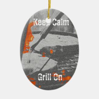 Gardez le gril calme dessus ornement ovale en céramique