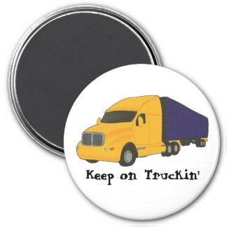 Gardez sur Truckin, camion sur le magnet