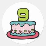 Gâteau d'anniversaire de 9 ans adhésifs ronds