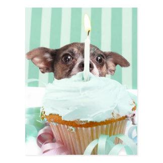 Gâteau d'anniversaire de chiwawa carte postale