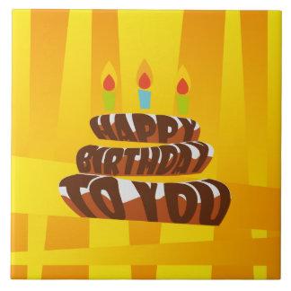 Gâteau de joyeux anniversaire d'illustration avec grand carreau carré