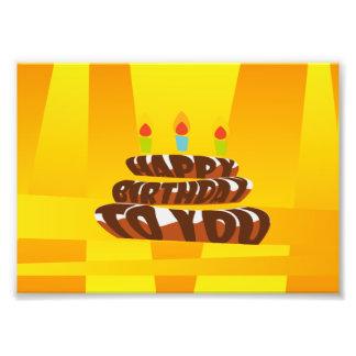 Gâteau de joyeux anniversaire d'illustration avec impression photo