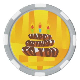 Gâteau de joyeux anniversaire d'illustration avec lot de jeton de poker