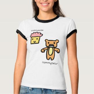 Gâteau et ours délicieux de Nommy T-shirt