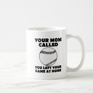 Gauche votre tasse drôle de jeu à la maison