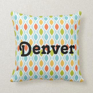 Géométrique coloré décoratif des carreaux | oreillers