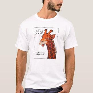 Gifford la girafe avec l'arrière - plan blanc t-shirt