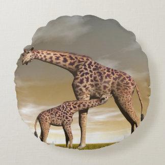 Girafe de maman et de bébé - 3D rendent Coussins Ronds