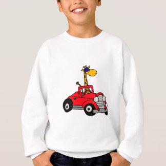 Girafe géniale conduisant le convertible rouge sweatshirt