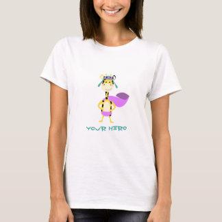 Girafe mignonne de héros t-shirt
