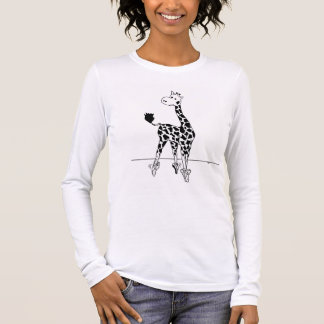 Giraffe with pointe shoes t-shirt à manches longues