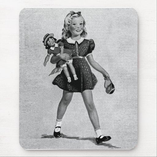 Girl heureux des enfants vintages d'enfants de tapis de souris