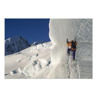 Glacez l'escalade sur le glacier de Tasman au-dess Impression Photo