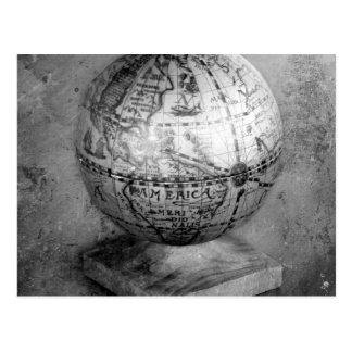Globe noir et blanc cartes postales