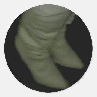 GLOWING BOOTS ROUND STICKER