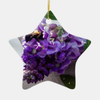 Glycines et abeille ornement étoile en céramique