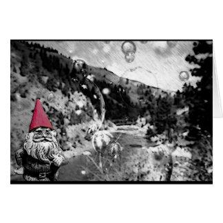 Gnome sur la carte de voeux d'errer