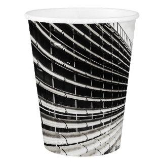 Gobelets En Papier Tasse de papier noire et blanche de bâtiment