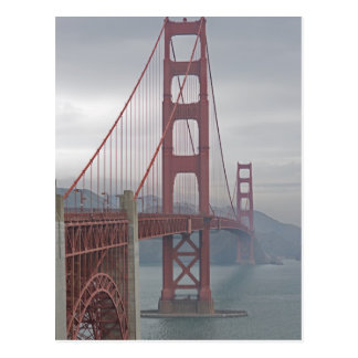 Golden gate bridge en brume carte postale