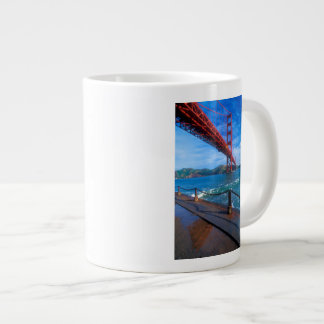 Golden gate bridge, la Californie Grande Tasse