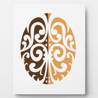 Grain de café avec le motif maori plaque photo