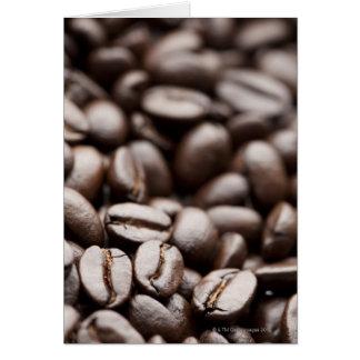 Grains de café organiques de montagne pourpre de K Carte De Vœux