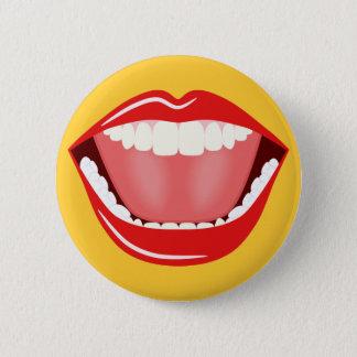 Grand humour de bouche riant les boutons ronds badge