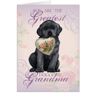 Grand-maman noire de coeur de laboratoire carte de vœux