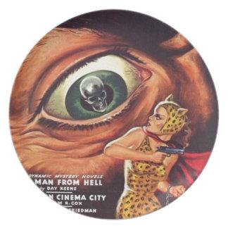 Grand oeil effrayant assiette