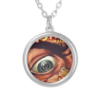 Grand oeil effrayant collier