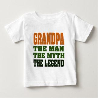 Grand-papa - l'homme, le mythe, la légende ! t-shirt pour bébé