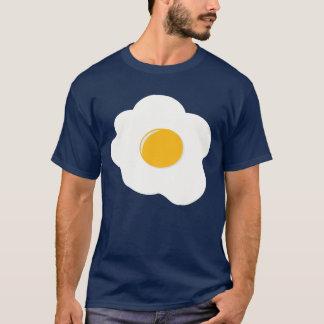 Grand T-shirt d'oeufs