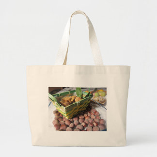 Grand Tote Bag Fruits d'automne avec des noisettes et des figues