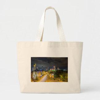 Grand Tote Bag Horizon de Francfort la nuit
