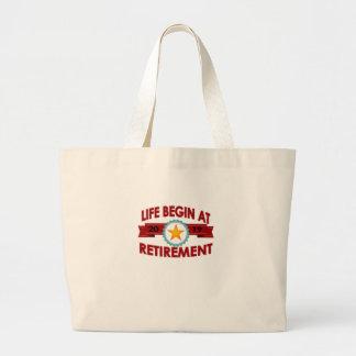 Grand Tote Bag La vie commence au T-shirt 2019 DRÔLE de retraite.