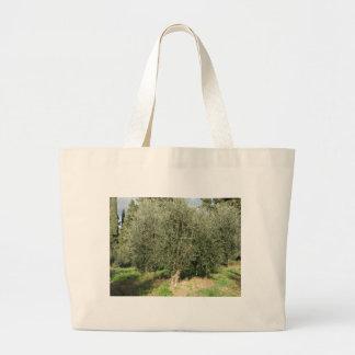 Grand Tote Bag Oliviers dans un jour ensoleillé. La Toscane,