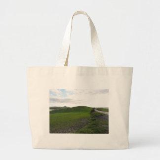 Grand Tote Bag Route de campagne au-dessus de rouler les collines